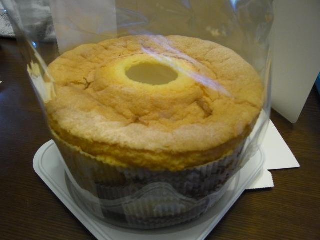 【梅田店】『CASSALADE』の「桜の米粉シフォンケーキ」を食べた感想