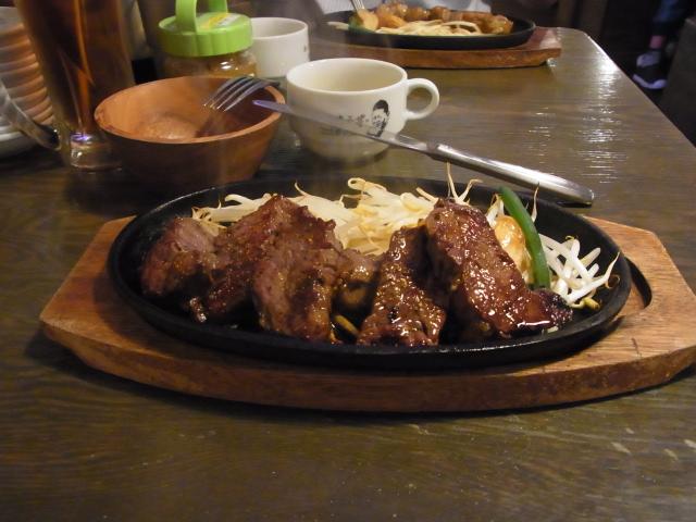 『タケル』-ボリュームあるステーキを安く楽しめる【画像・感想】
