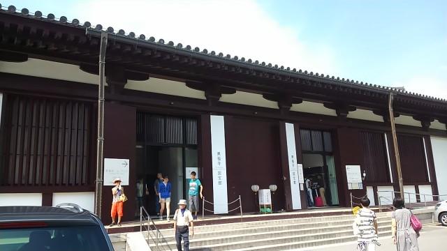 tokae-150815-35