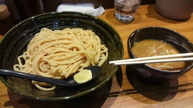 梅田にある安定の魚貝つけ麺『ちっちょ神山本店』に行ってきた