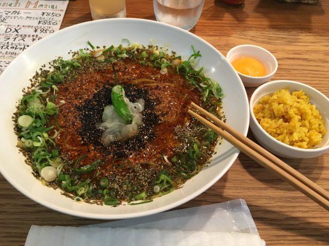 堺筋本町のコロンビア8でスパイスカレーを満喫【画像+感想】