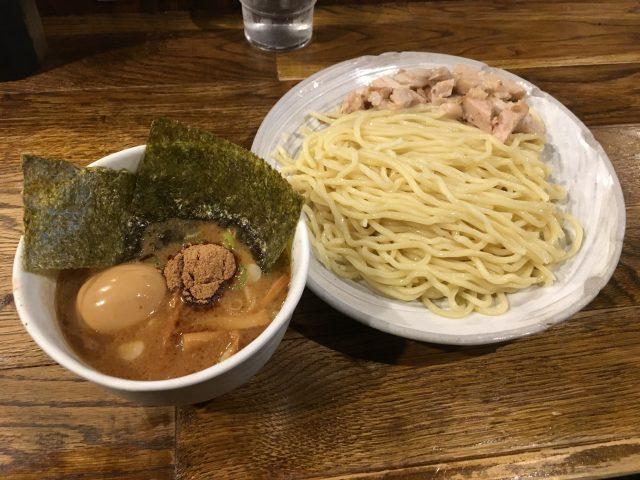 新宿の超有名店『風雲児』のつけ麺は無難に美味い【画像・感想】